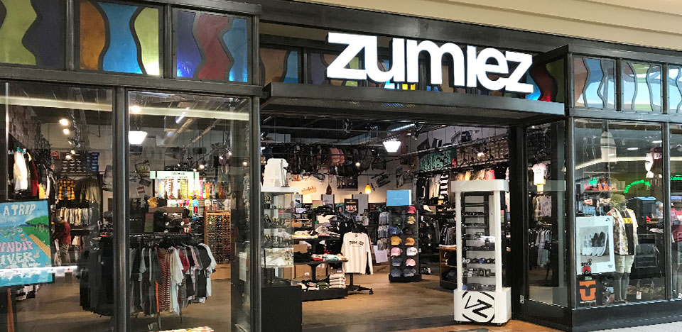 Zumiez Everett Mall In Everett Wa Zumiez