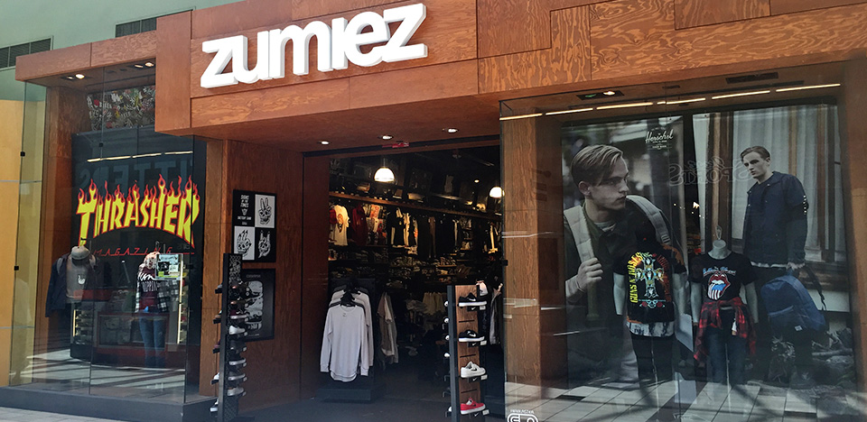 Zumiez alderwood mall