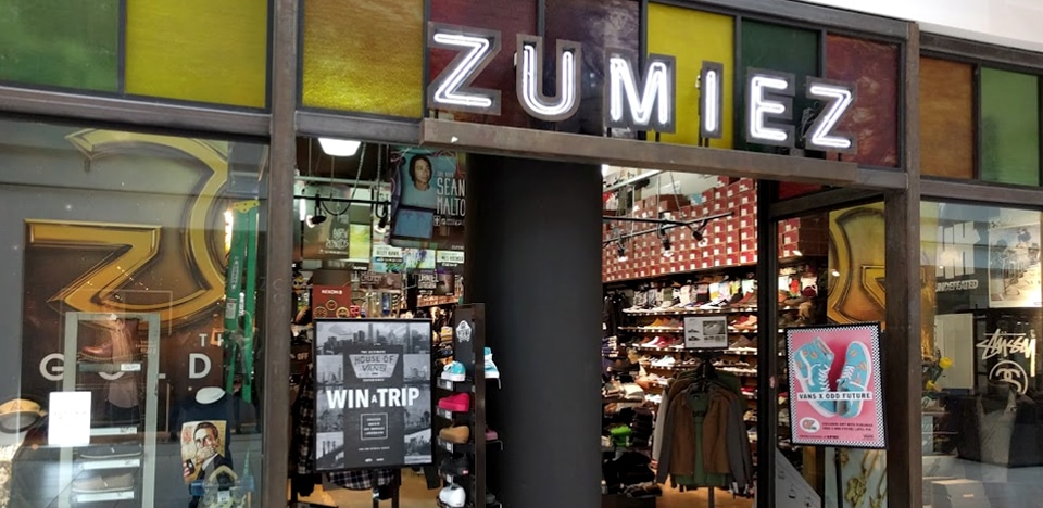 Zumiez Lloyd Center