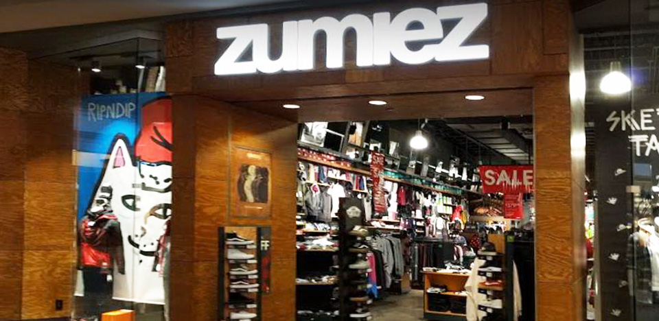 Zumiez Holiday Village Mall