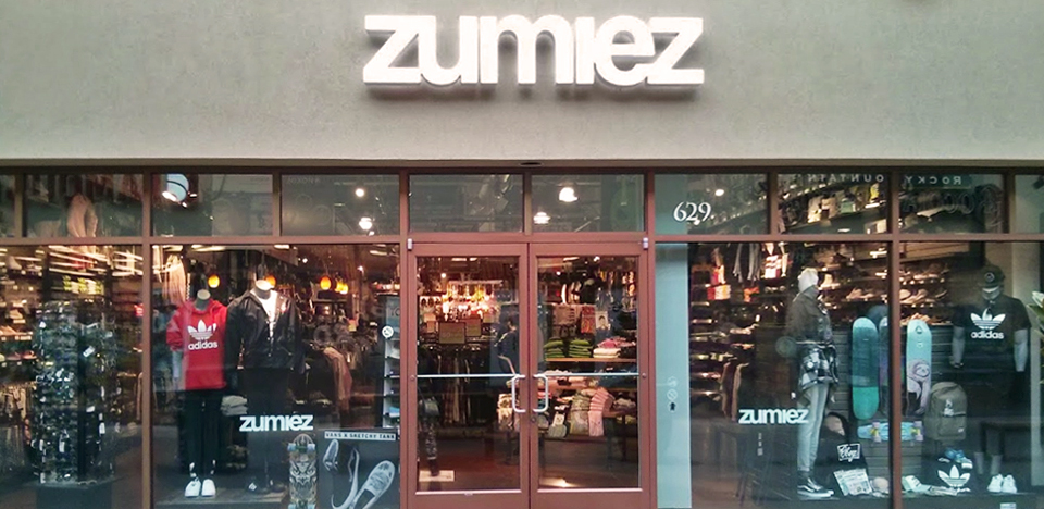 fb0924589 Zumiez - Woodburn Premium Outlets in Woodburn
