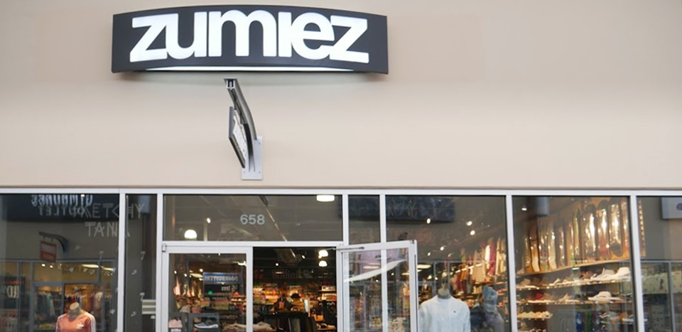 Zumiez Seattle Premium Outlets