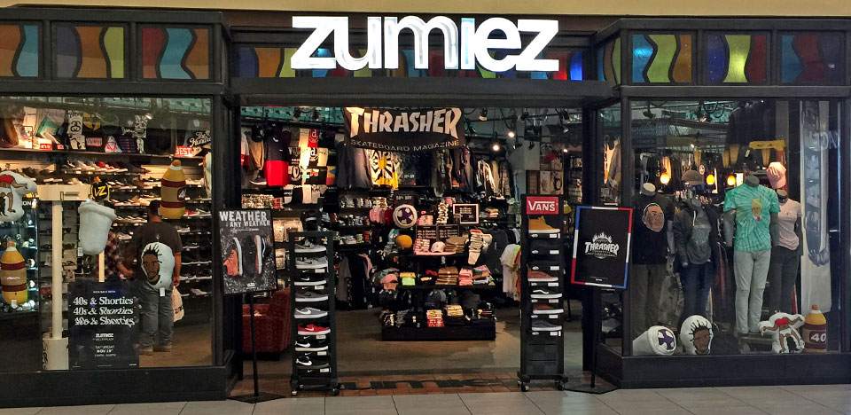 Zumiez Valley Plaza Mall