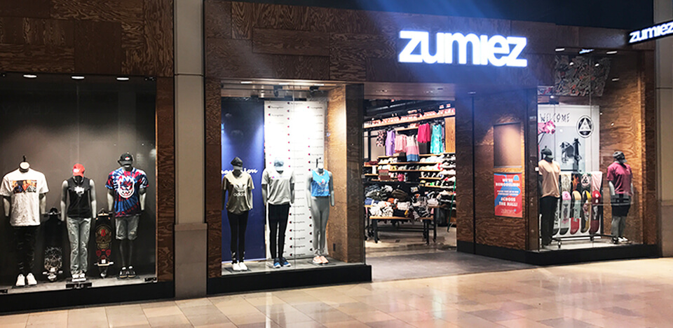 Zumiez North Star Mall