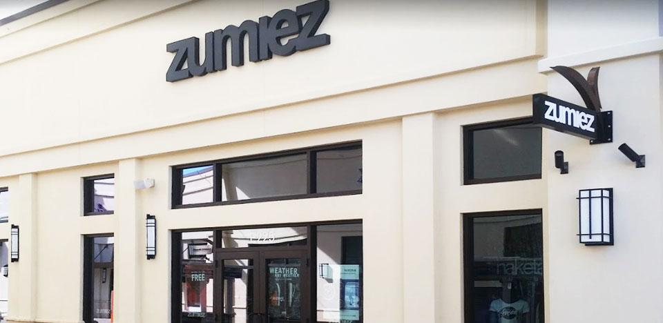 new style 7ed81 de829 Zumiez Palm Beach Outlets