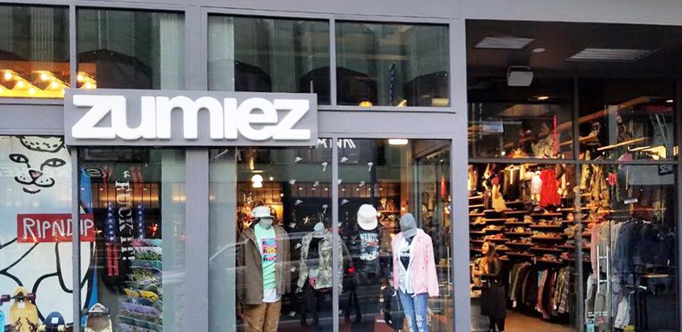 Zumiez Powell Street in San Francisco, CA Zumiez  Zumiez